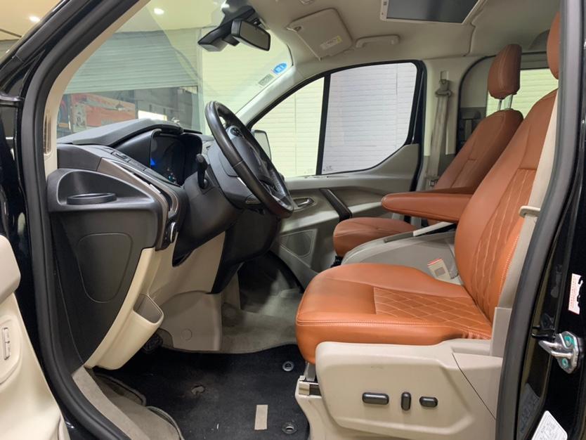 福特 途睿欧  2017款 2.0T 自动商务舱版图片