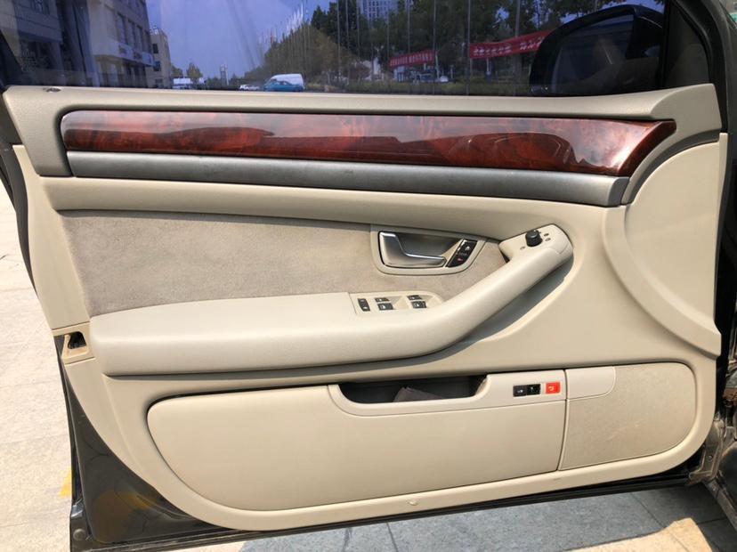 奥迪 奥迪A8  2005款 A8L 3.0L图片