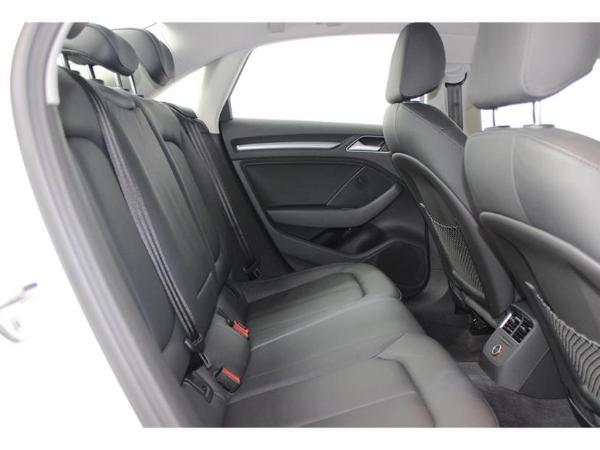 奥迪 奥迪A3  A3 1.4T 35TFSI  Limousine风尚型图片