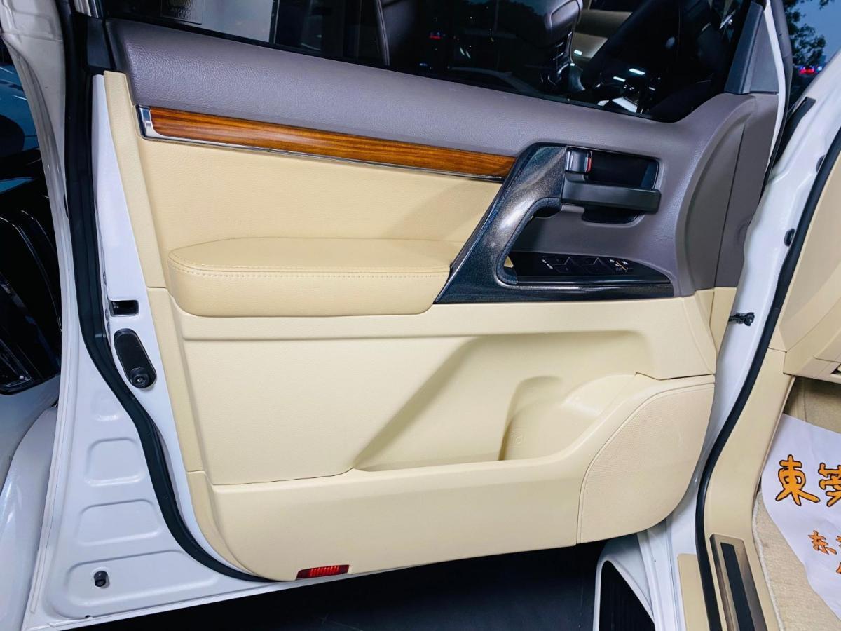 丰田 兰德酷路泽  2015款 4.6L V8 中东限量版图片