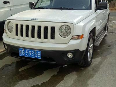 2013年6月 Jeep 自由客(进口) 2.4 炫黑运动版图片