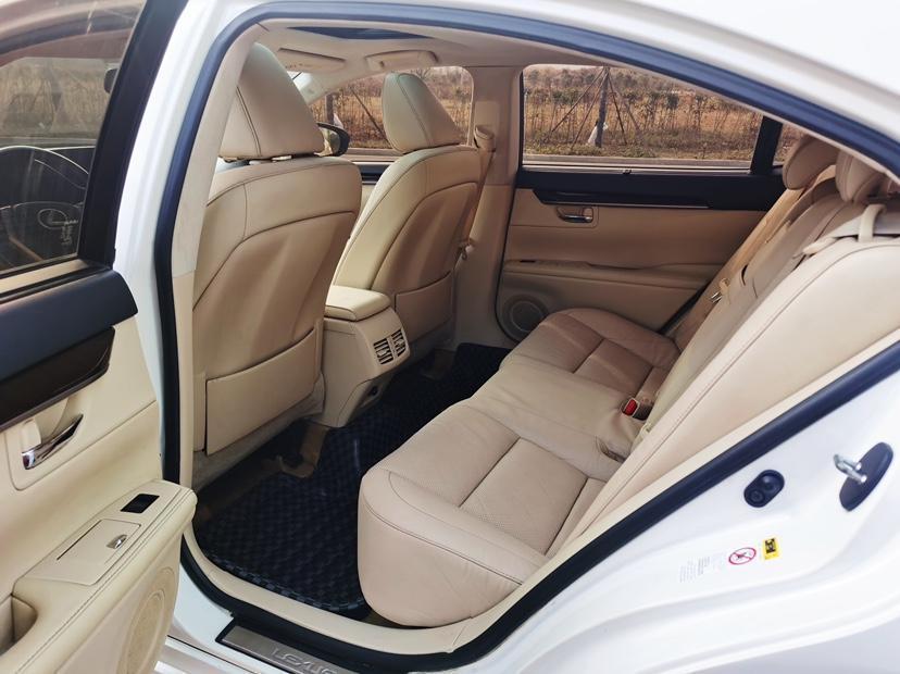雷克萨斯 ES  2013款 250 豪华版图片