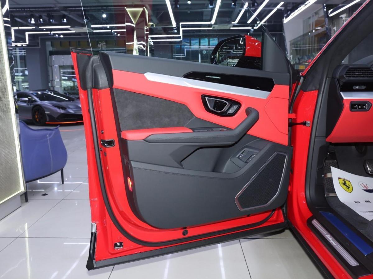 兰博基尼 Urus  2021款 4.0T V8图片
