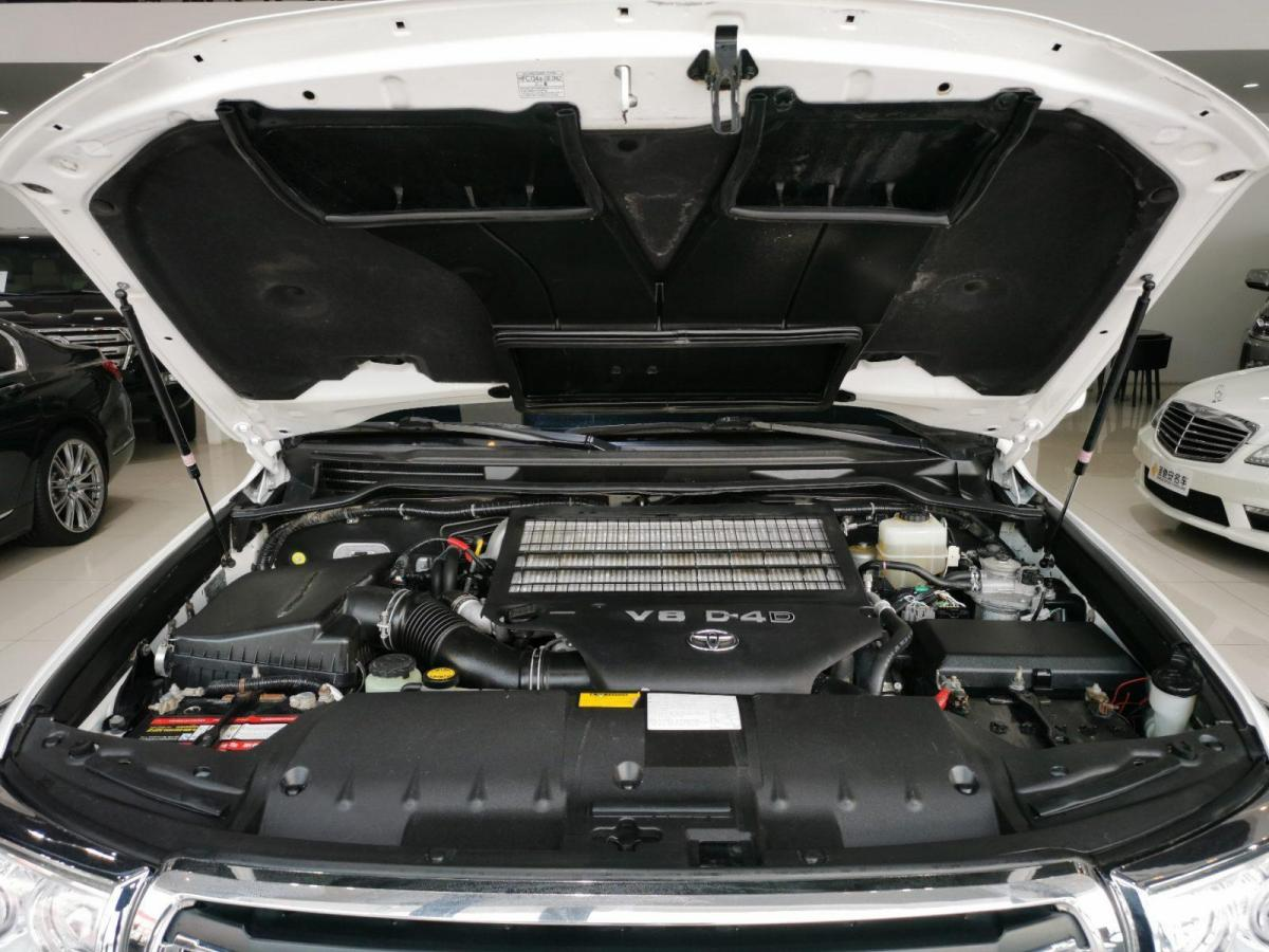 丰田 兰德酷路泽 2010款4500柴油版图片