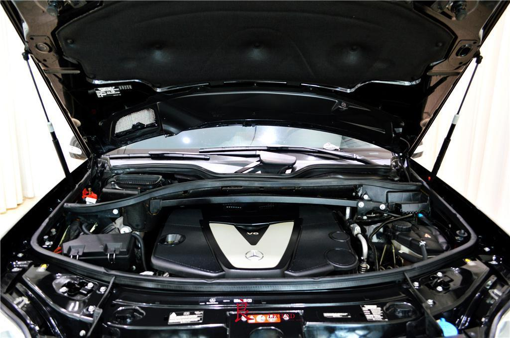 奔驰 奔驰GL级  2011款 GL 350 柴油美规版图片