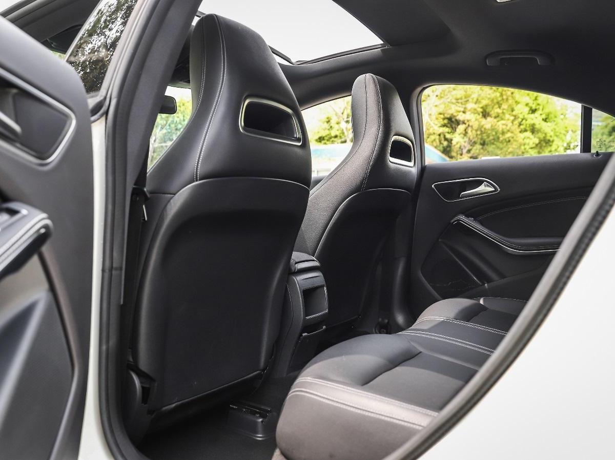 奔驰CLA级 2017款 改款 CLA 200 时尚型图片