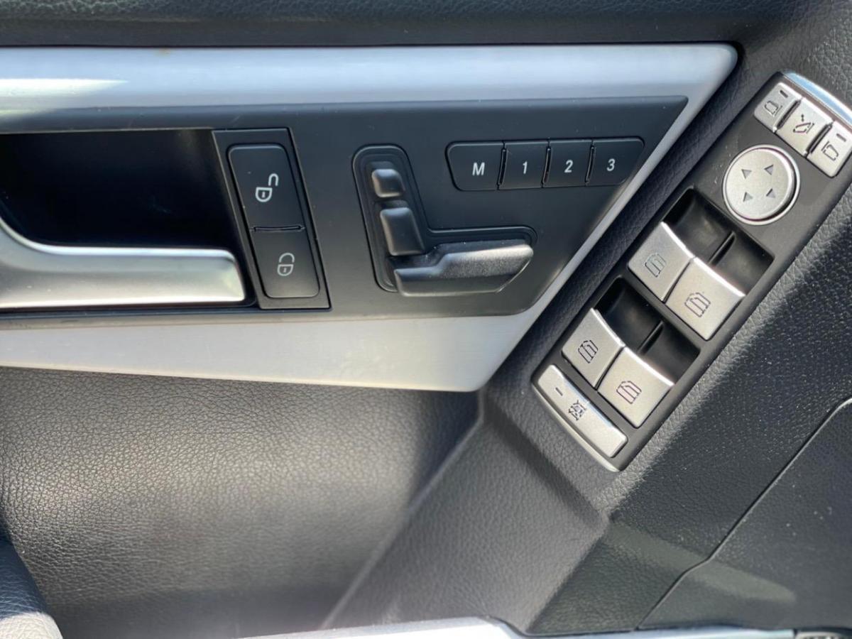 奔驰 奔驰GLK级  2013款 GLK 300 4MATIC 动感天窗型图片