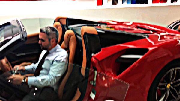 法拉利 488  3.9T 硬顶敞篷 双涡轮增压图片