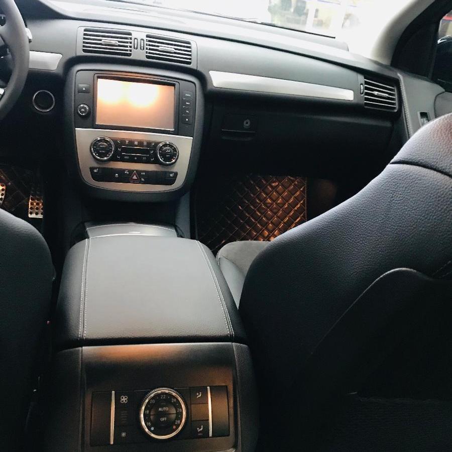 奔驰 R级  2017款 R320 3.0T 4MATIC 商务型图片