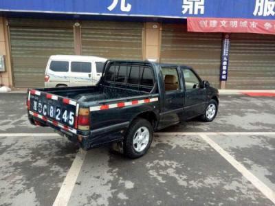 江铃 宝典  2.8T 两驱柴油舒适时尚版图片