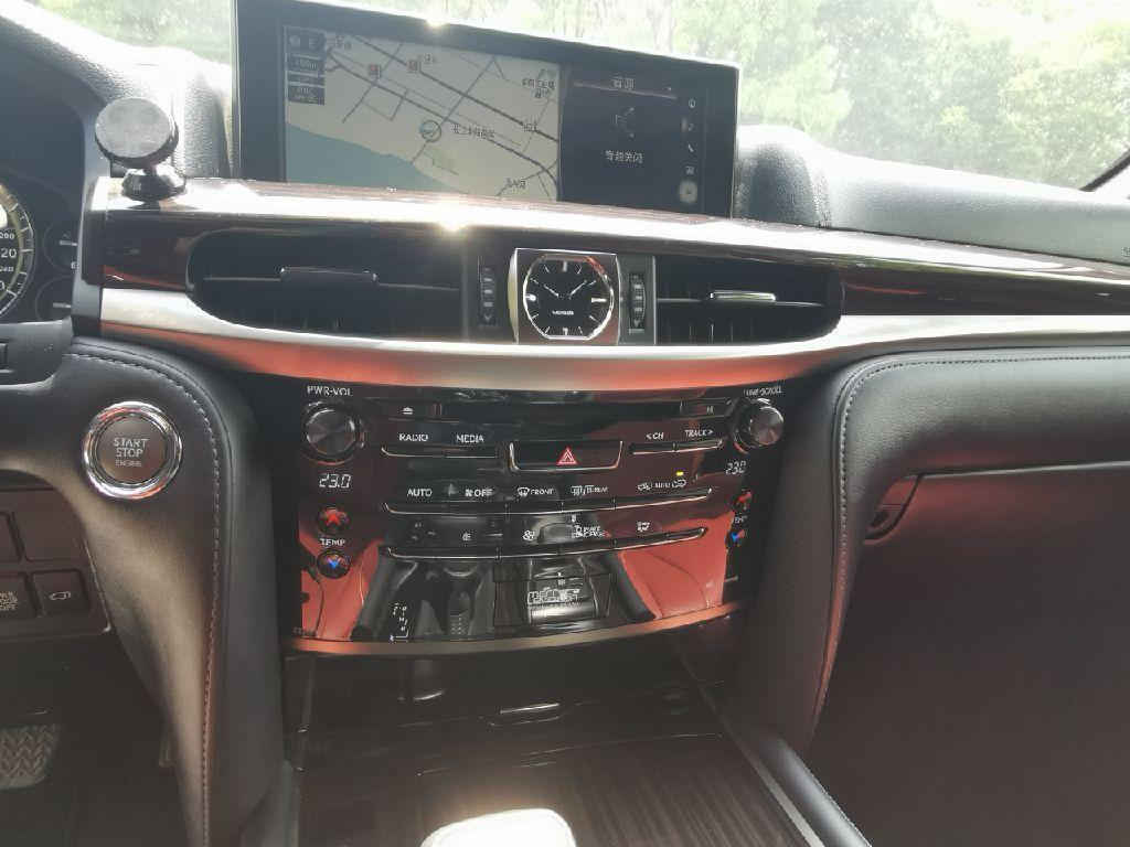 雷克萨斯 LX  2017款 570 巅峰特别限量版图片