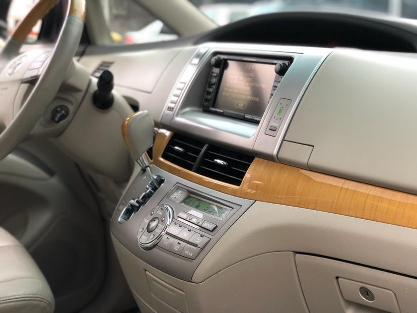 丰田 普瑞维亚  2006款 2.4 7座豪华版图片