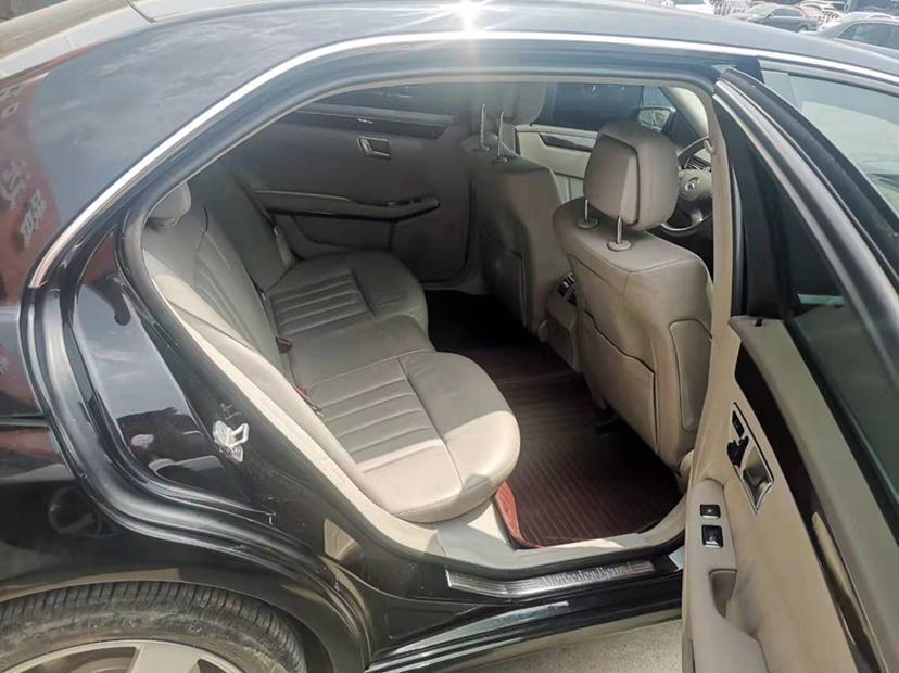 奔驰 奔驰E级  2013款 E 300 L 优雅型图片