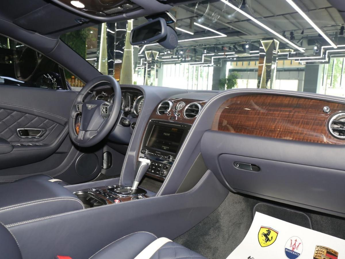 賓利 歐陸  2017款 4.0T GT V8 標準版圖片