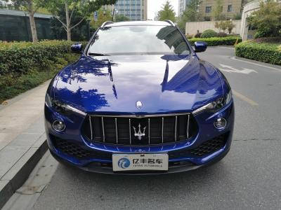 2019年6月 玛莎拉蒂 Levante 3.0T 350Hp 标准版图片