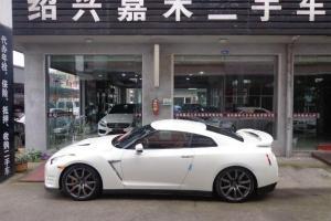 二手日产(进口)GT-R3.8T 豪华棕红内饰版