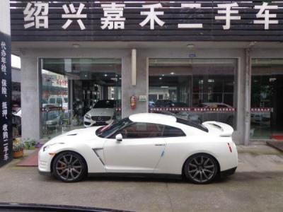 日产 GT-R  3.8T 豪华棕红内饰版