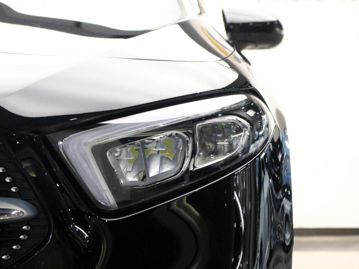 奔驰 奔驰A级  2019款 A 200 L 运动轿车图片