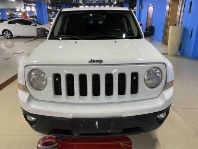 Jeep 自由客  2014款 2.4L 豪华导航版
