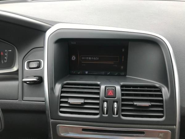 沃尔沃 XC60  2.0T 智尚版 两驱 涡轮增压图片