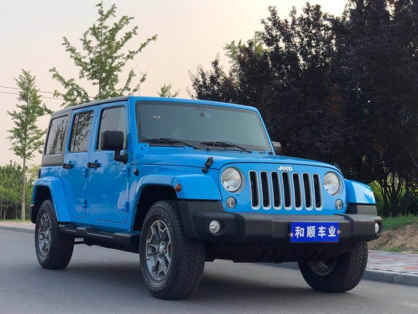 Jeep 牧马人  2017款 3.0L Sahara 四门舒享版Mopar限量典藏版图片
