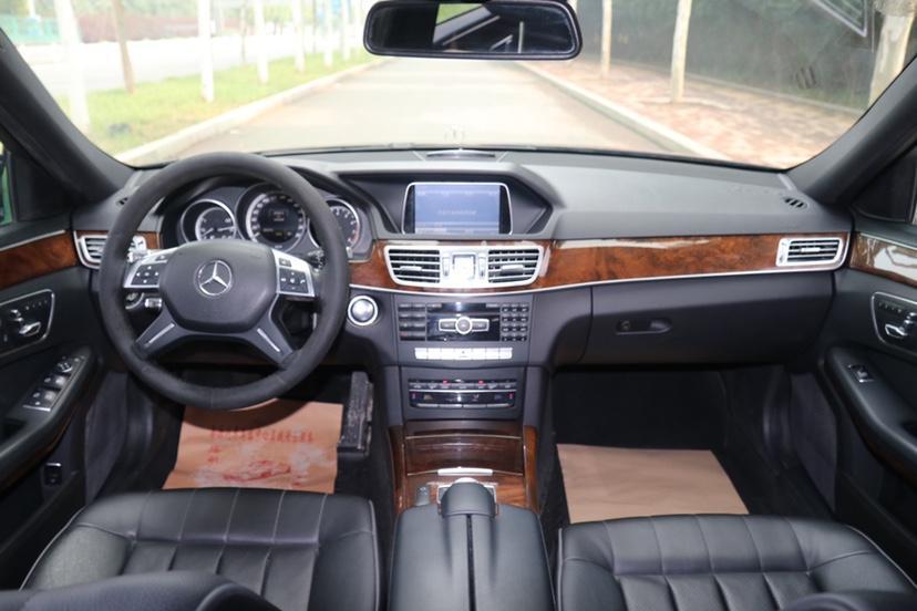 奔驰 奔驰E级  2015款 E 200 L图片