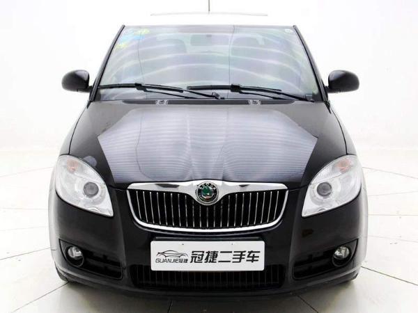 【上海】2011年11月 斯柯达 晶锐 1.6 晶享版 黑色 自动档