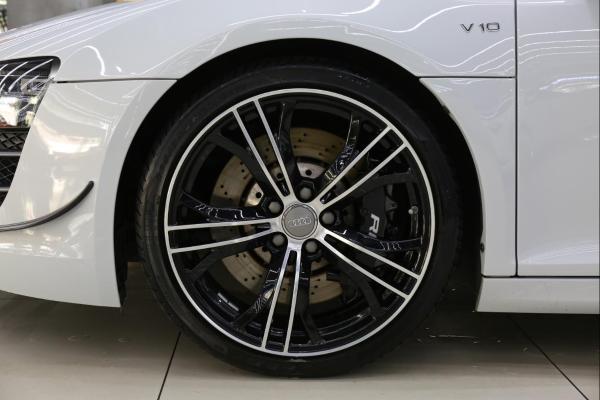 奥迪 奥迪R8  R8 Coupe 5.2 FSI 中国专享型图片