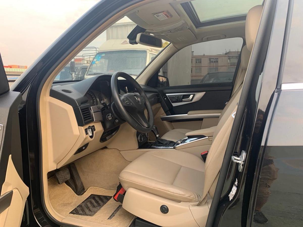 奔驰 奔驰GLK级  2011款 GLK 300 4MATIC 动感型图片