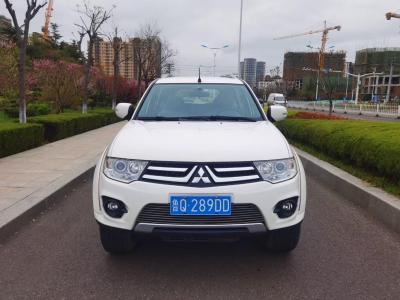 三菱 帕杰罗・劲畅  2013款 2.4L 手动两驱舒适版