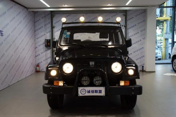 【沈阳】2014年8月 北汽 战旗 2.0 黑色 自动档