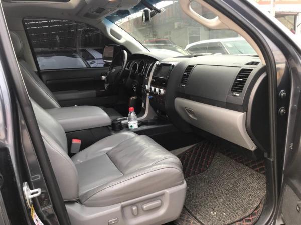 丰田 坦途  2010款 5.7 V8图片