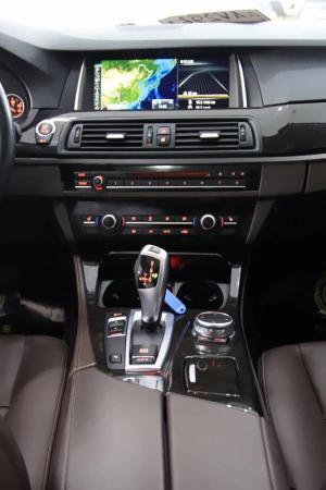 宝马 宝马5系  525Li 2.0T 豪华设计套装图片