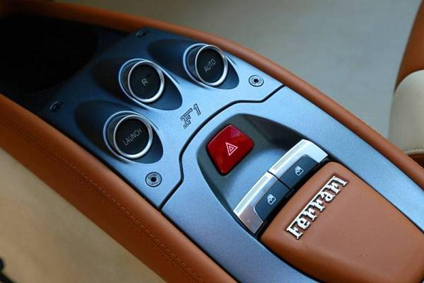 法拉利 458  4.5L Coupe图片