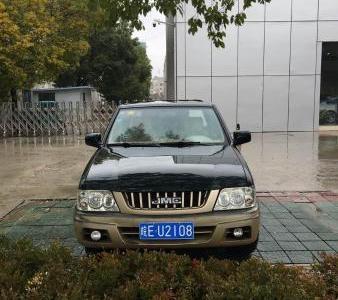 2013年10月 江铃 宝典 2.8T 两驱柴油舒适超值版图片