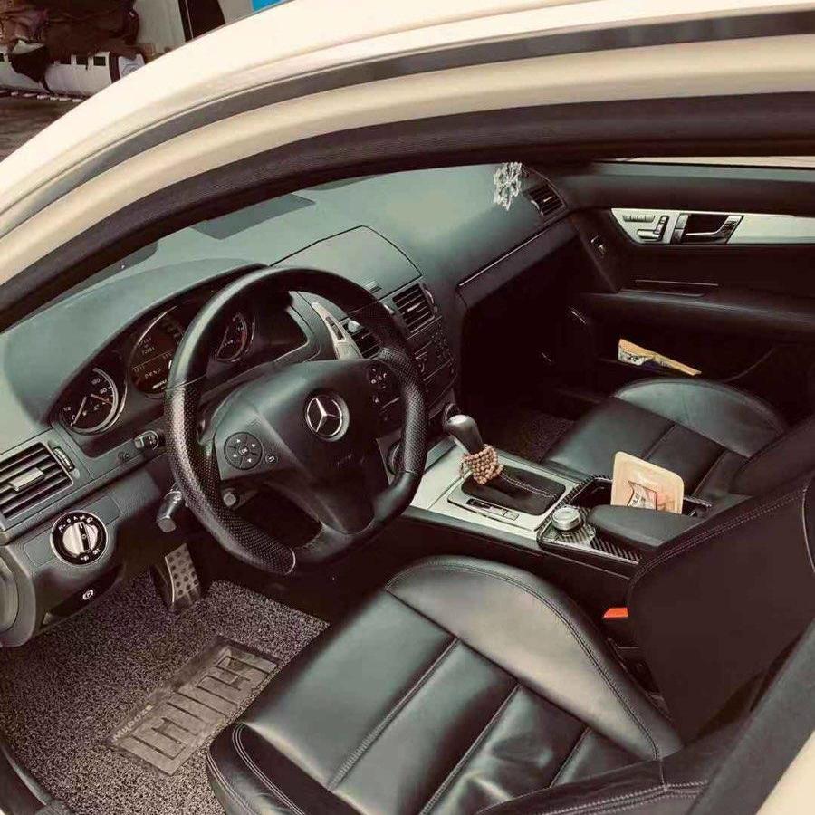 奔驰 AMG  C63 AMG 6.2L 高性能版图片