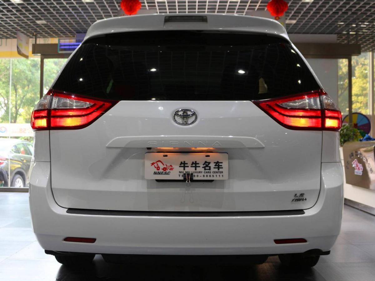 丰田 塞纳 2015款 3.5L四驱LE汽油美规版图片