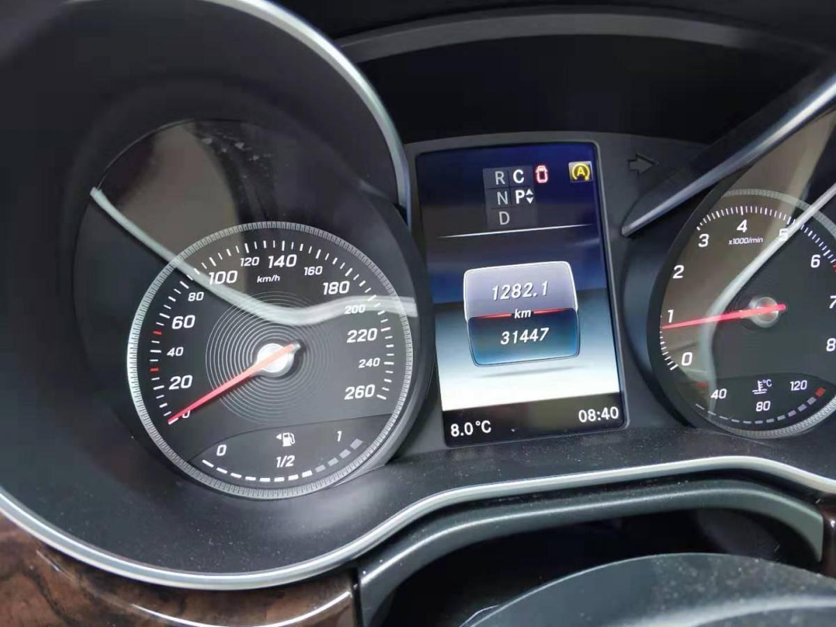 奔驰 V级  2018款 V260 尊贵版图片