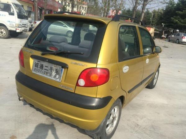 【济宁】2006年10月 雪佛兰 乐驰 0.8 橙色 手动挡图片