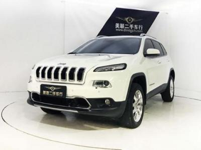 Jeep 自由光  2.4 精锐版图片