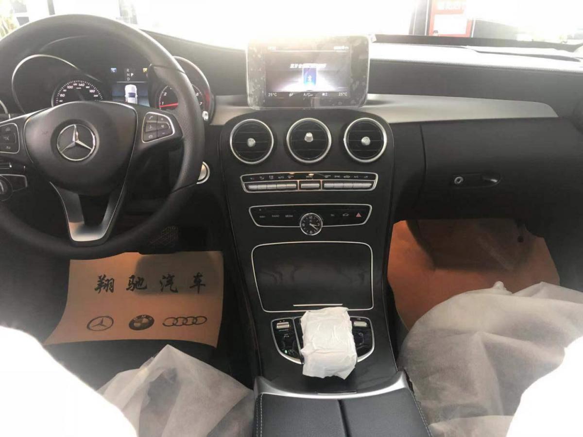奔馳 奔馳C級  2018款 C200L 2.0T 運動型圖片