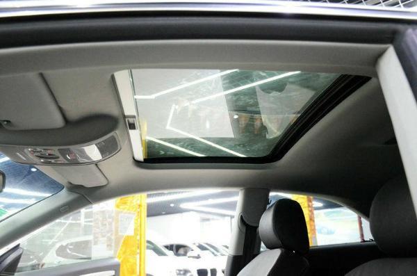 后视镜800_530起亚福瑞迪仪表盘代表图片