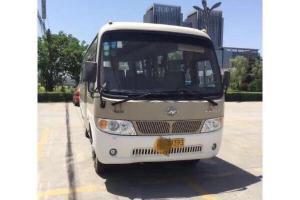 2013年4月  金龙海格24座客车 图片
