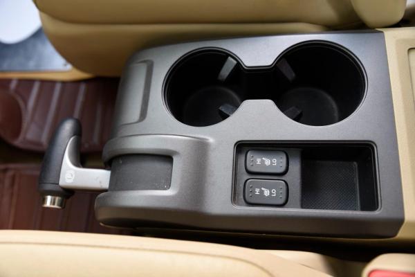 本田 CR-V  2.4 VTi 豪华版图片