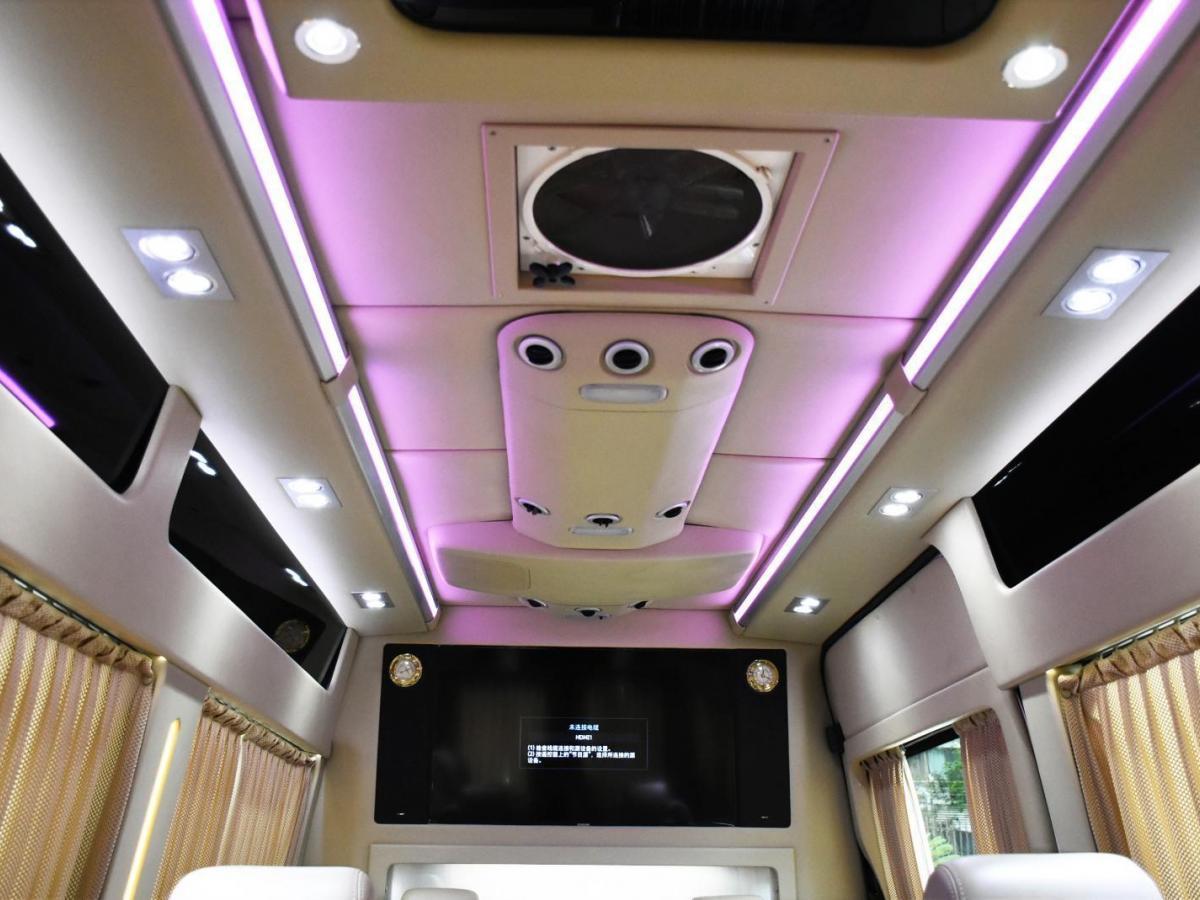 奔驰 奔驰Sprinter 奔驰2013款 Sprinter SPT524 A3图片