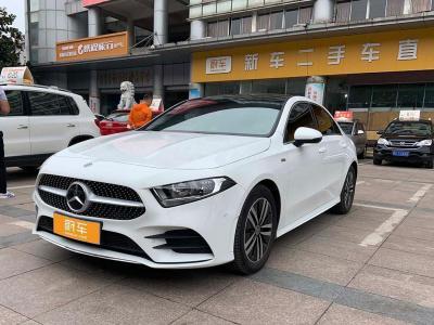 2019年4月 奔驰 奔驰A级 A 180 L 运动轿车图片