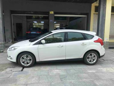 2013年1月 福特 福克斯  两厢 1.6L 自动舒适型图片