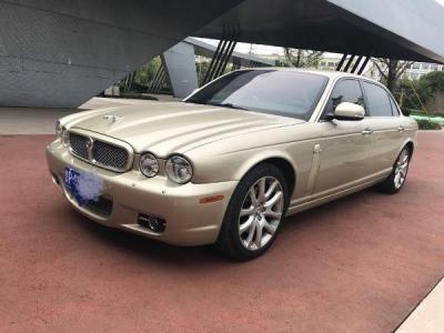 捷豹 XJ 6L 3.0 皇家加长版