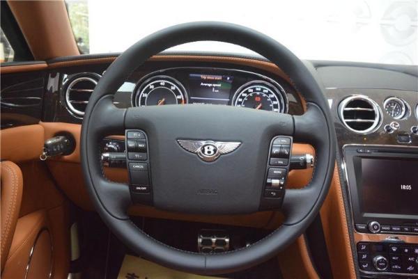 宾利 飞驰  W12 6.0T 尊贵版图片