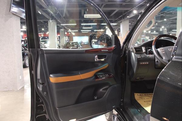 雷克萨斯 LX  LX570 四驱图片